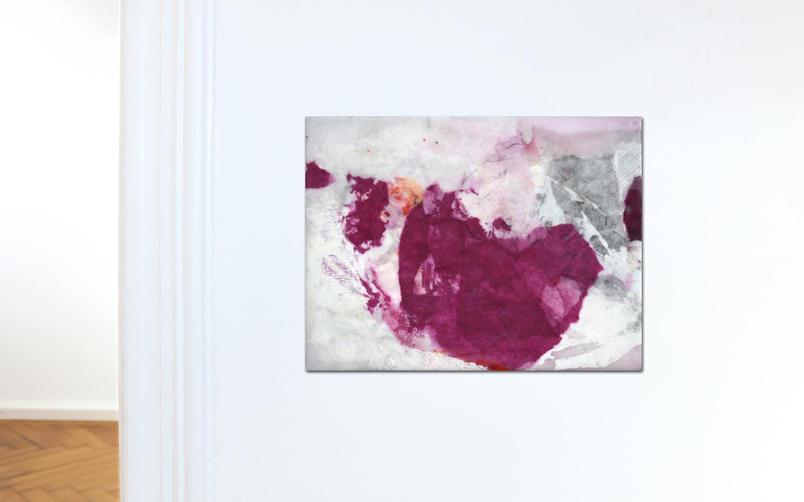 abstrakte Collage aus Chinapapier mit Wachs